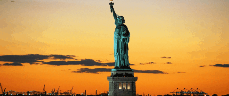 STATUE OF LIBERTY, AMERICA UNDER ATTACK