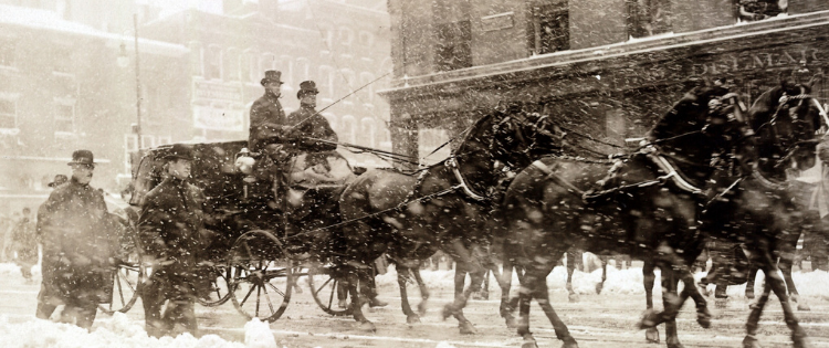 CARRAGE-CARRYING-TAFT-AND-ROOSEVELT-MAR-4-1909